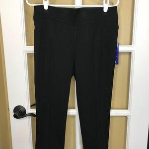 NWT Nygard Pull On Slims Black Capri Pants (M)